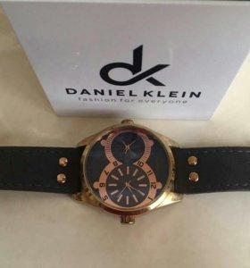 Часы DK