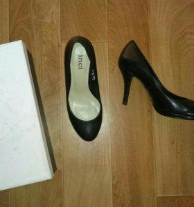 Туфли новые 35р натуральная кожа