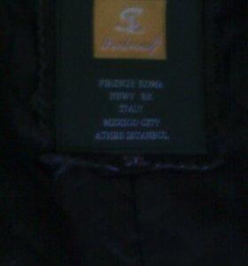 Куртка кожанная р-р 48