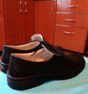 Женские ботинки 41 разм