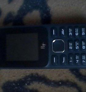 Телефон fly кнопочный