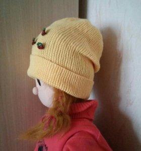 Вязаная шапочка.