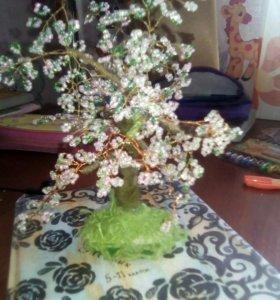 Дерево из бисера ручная работа 😄