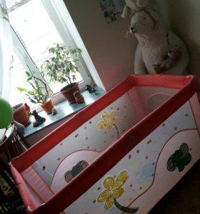 Кровать,манеж детский.