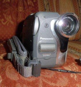 Видеокамера NV GS50