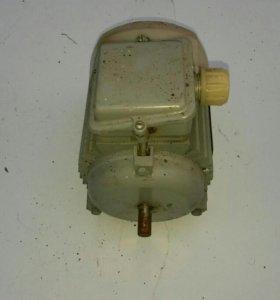 Электродвиготель маленький 380в