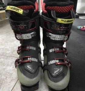 Горнолыжные ботинки Salomon Quest