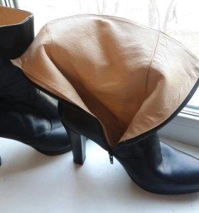 Ботинки 40.размер.