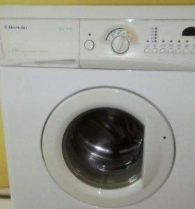 Стиральная машина Elektrolux