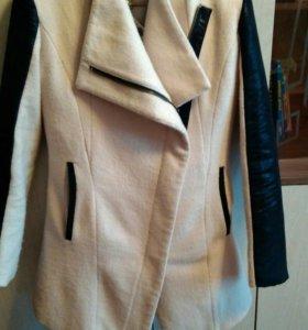 Продам пальто, размер 42