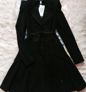 Пальто кашемировое Новое , размер 42