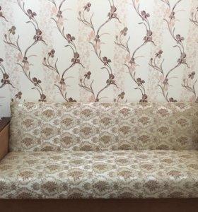 Диван раскладной и 2 удобных кресла