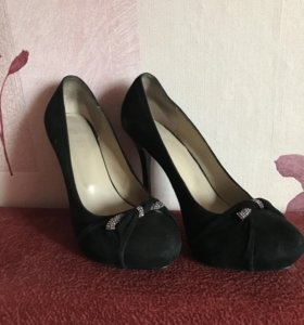 Новые туфли, натуральная замша