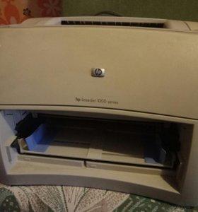 Принтер лазерный HP