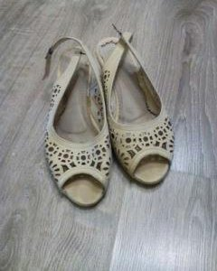 Туфли босоножки,37
