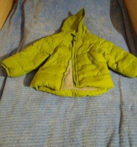 Демисезонная куртка. 90 размер