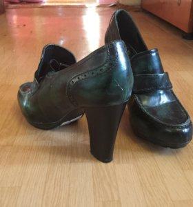 Ботинки женские, размер 40