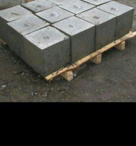 Продам бетонные фундаментные блоки