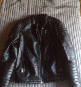 Кожаная куртка(мотоциклетка)