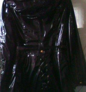 Куртка лакированная