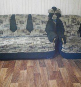 Продаётся диван раскладной и кресло раскладное.