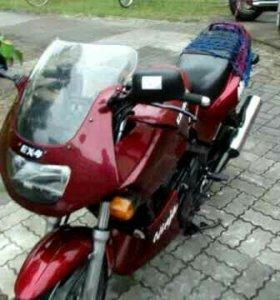 Мотоцикл Кавасаки ЕХ 4
