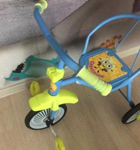 Велосипед трехколёсный