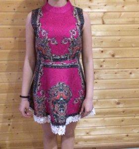 Продам платье р40