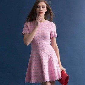 Платье розовое новое с сердечками трикотаж