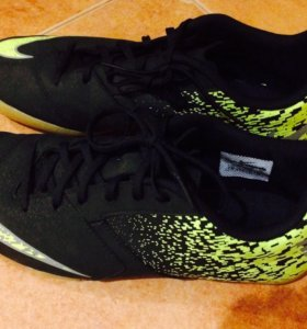 Бутсы мужские Nike Bombax IC