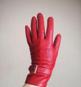 Кожаные перчатки утеплённые