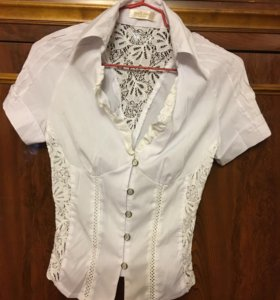 Блуза белая кофта гипюровая De Lizza