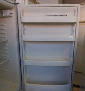 Холодильник Rosiers