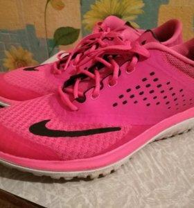 Кроссовки Nike Fitsole