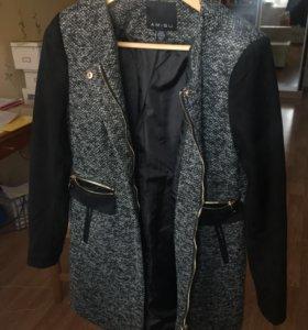 Женское пальто Amisu