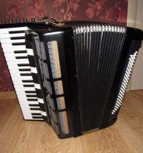 Аккордеон клавишный готово-выборный «Victoria»