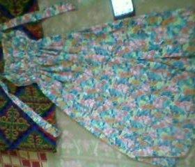 Платье на пол.