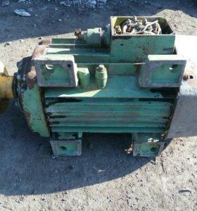 электро двигатель 4кВт 2880 об.мин