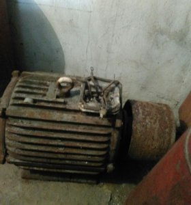 Двигатель с шкивом 30квт 900оборотовб/у на пилорам