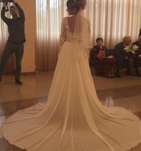 Свадебное платье 44 рост 172 без каблуков