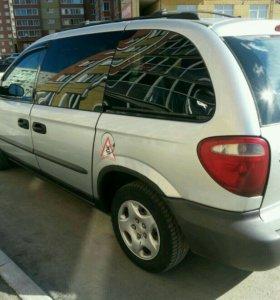 Dodge Caravan, 2002 г.