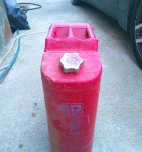 Канистра железная на 20 литров