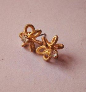 Серьги гвоздики