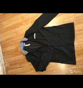 Пиджак новый стильный