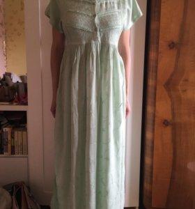 Вышитое платье в пол