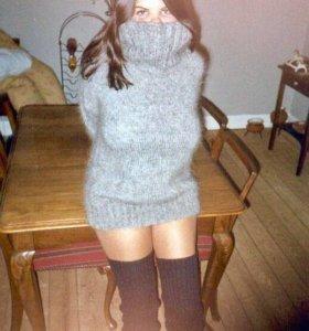 Вязаное платье-свитер. Мохер