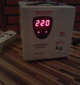 Автоматический стабилизатор напряжения АСН-3000/1-