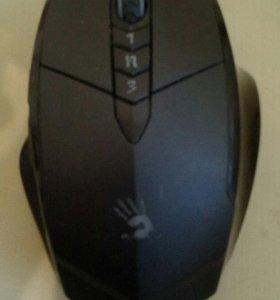 Игровая компьютерная мышь.