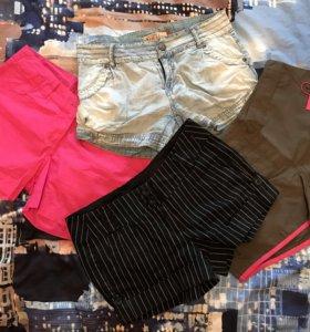 4 пары летних шорт