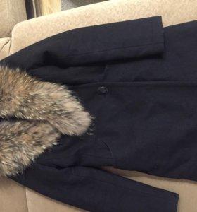 Зимнее пальто ,приталенное